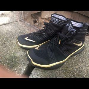 Nike Free Train Virtue Hart Night Black Sneakers